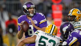 Bradford Leads Vikings Over Packers 17-14 in Minnesota Debut