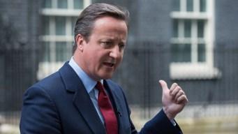 Outgoing UK Leader Leaves News Conference Singing