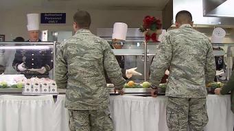 Ft. Meade Commanders Serve Thanksgiving Dinner to Troops