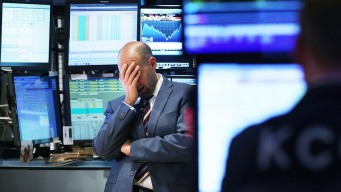 Markets Plummet in Worst Christmas Eve Trading Day Ever