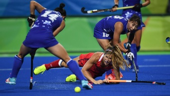 Women's Field Hockey: US Defeats Japan 6-1