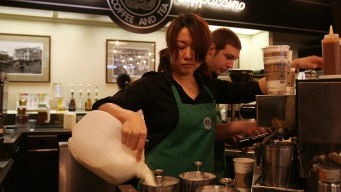 Starbucks to Increase Base Pay of Workers in October