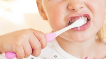 Study: Many Small Kids in US Are Using Too Much Toothpaste