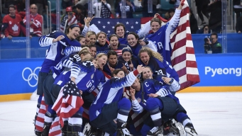 US Women's Hockey Players Trying to Extend Gold-Medal Fame