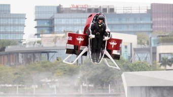 Jetpacks, Virtual Reality: Tech to Watch for in 2016