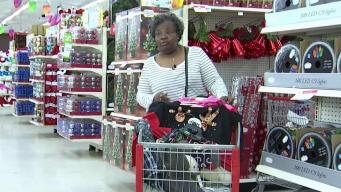 Shoppers Brave Cold to Get Black Friday Deals