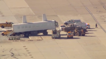 People-Mover Crashes Into Ditch at Dulles Airport; 2 Hurt
