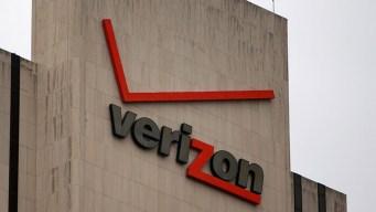 DOJ Looks Into How AT&T, Verizon Handle Defecting Customers