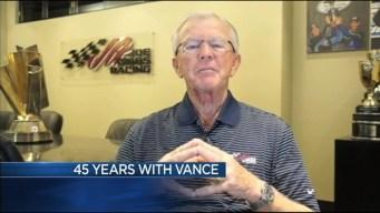 Joe Gibbs, RG3 Congratulate Jim Vance