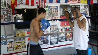 Boxer's Father Hopes for a Second Chance for His Son