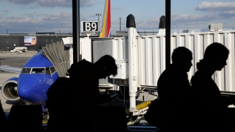 Thanksgiving Air-Travel Rush Gets Off to Good Start