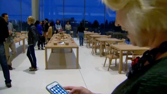 Apple Launches Women Entrepreneurs Camp at Its HQ
