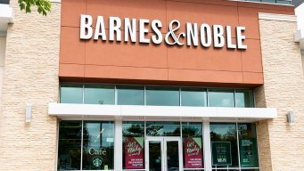 This Holiday Season Could Seal Barnes & Noble's Fate
