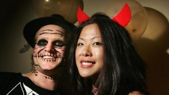 Make Plans Now: Halloween Bar Crawls, Costume Parties