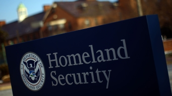 US Suspects Cellphone Spying Devices in DC