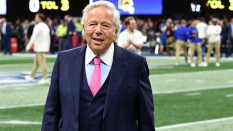Charges Against Robert Kraft Could Be Dropped in Deal: Report