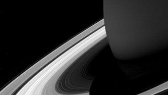 NASA's Saturn-Orbiting Cassini Spacecraft Faces Fiery Finish