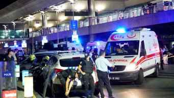 Travelers to Turkey Voice Concerns, Determination