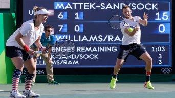 Mattek-Sands, Sock Deny Williams 5th Gold Medal<br /><br />