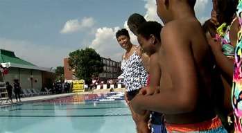 DC Mayor Kicks Off Pool Season