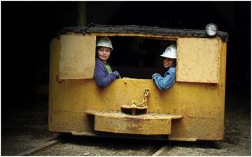 A  Half-Mile Under Ground at the Tour-Ed Mine