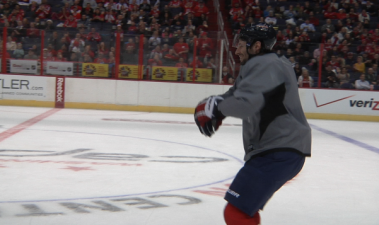 "Troy Brouwer Dances To ""Gangnam Style"""