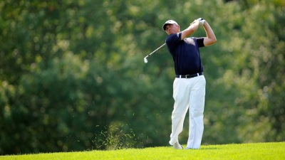 Van Pelt Leads After Tough Day at Congressional