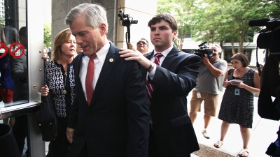 Prosecutors to Argue on Ex-Va. Gov.'s Freedom Bid