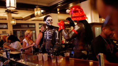 Halloween 2013: Bar Crawls & Events