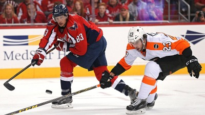 Capitals Use Special Teams to Beat Flyers in Game 1