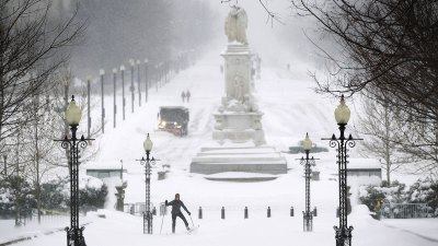 DC to Seek FEMA Funds for Snow Cleanup