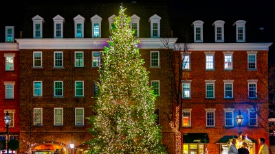 A Month of Holiday Fun in Alexandria
