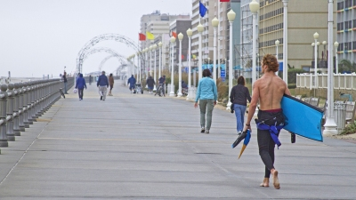 Va. Beach Braces for Thousands of College Students
