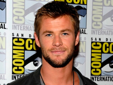 """Thor"" Teaser Trailer Struck Star Chris Hemsworth Like a Hammer"
