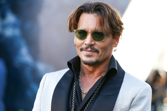 Johnny Depp Surprises Children at Hospital as Jack Sparrow