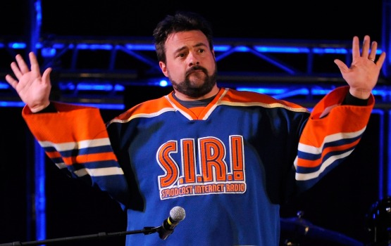 "Kevin Smith's ""Comic Book Men"" Brings Heroes and Employees to TV"