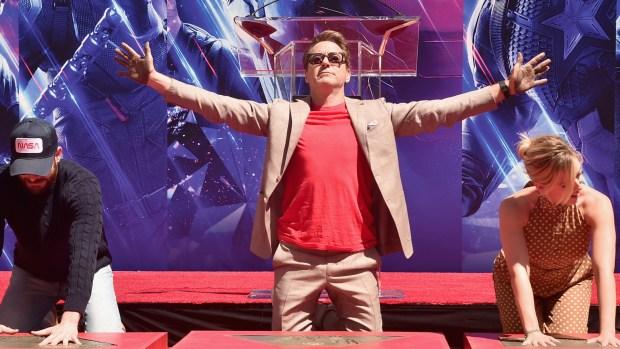 [NY] 'Avengers: Endgame' Cast Cement Their Handprints