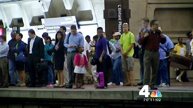 [DC] Cracked 3rd Rail Snarls Commutes