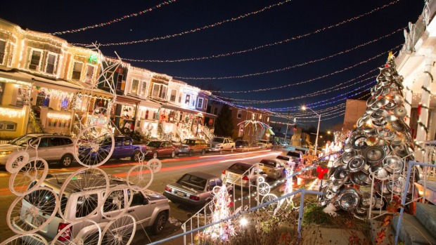 Top 16 Holiday Displays & Ceremonies in the DC Area