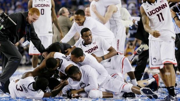 [NATL] Dramatic Photos: UConn Wins NCAA Men's Basketball Championship
