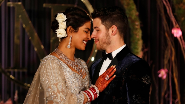 [NATL] See Priyanka Chopra and Nick Jonas' Lavish 5-Day Wedding Celebration