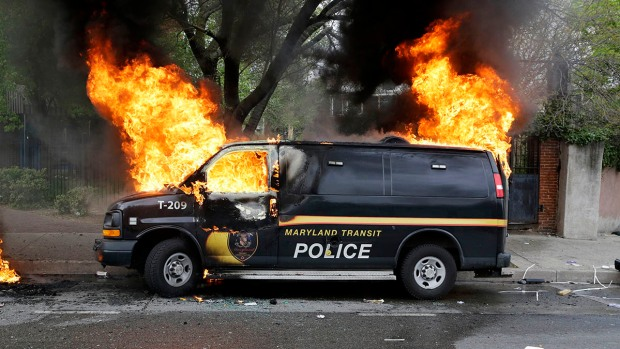[NATL] PHOTOS: Protests in Baltimore Over Death of Freddie Gray