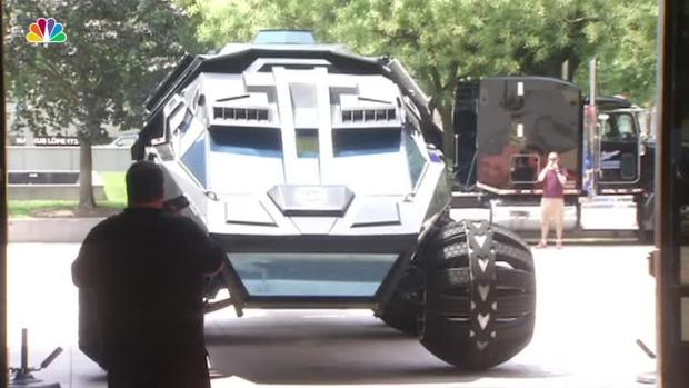 [NATL] 6,000 Pound Mars Rover Concept Vehicle Starts Tour