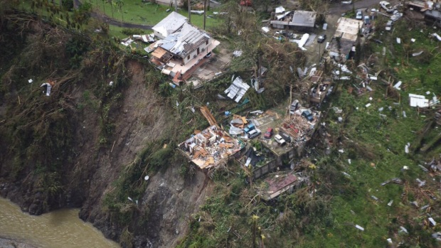 Dramatic Photos: Hurricane Maria Slams Puerto Rico