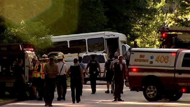 [DC] Soldiers Helped Lift Bus After GW Parkway Bus Crash