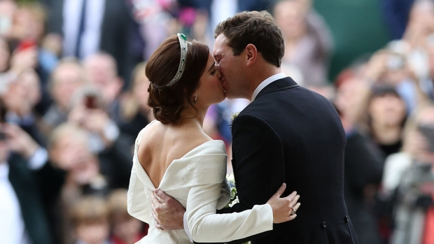 [NATL] Royal Family Photos: Princess Eugenie Weds Beau