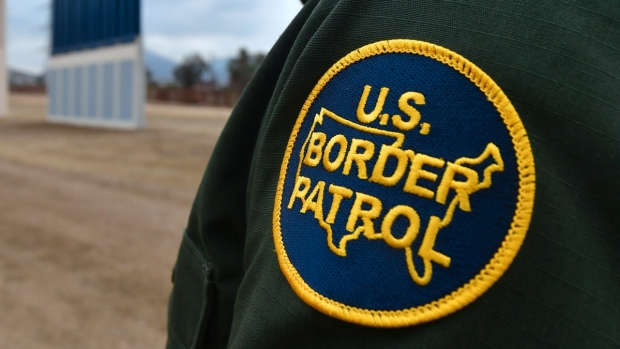 [NATL-DFW] Border Patrol Agent Killed, Another Injured in 'Attack'