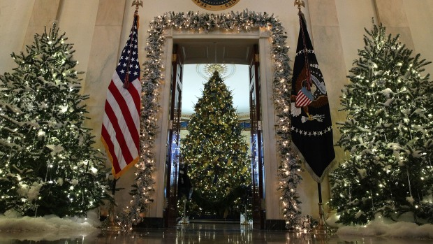 [NATL-DC] FLOTUS Unveils White House Christmas Decorations