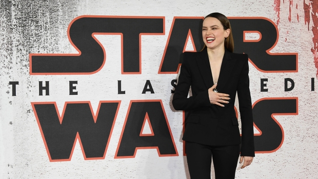 Top Celeb Pics: 'Star Wars: The Last Jedi' Photo Call