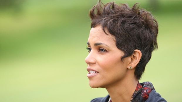 Halle Berry Shops Hollywood Home